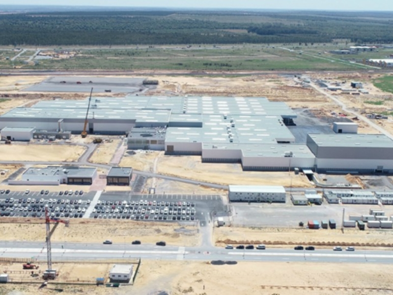 Nhà máy Lee & Man: Nhu cầu giấy tái chế tăng mạnh - 1